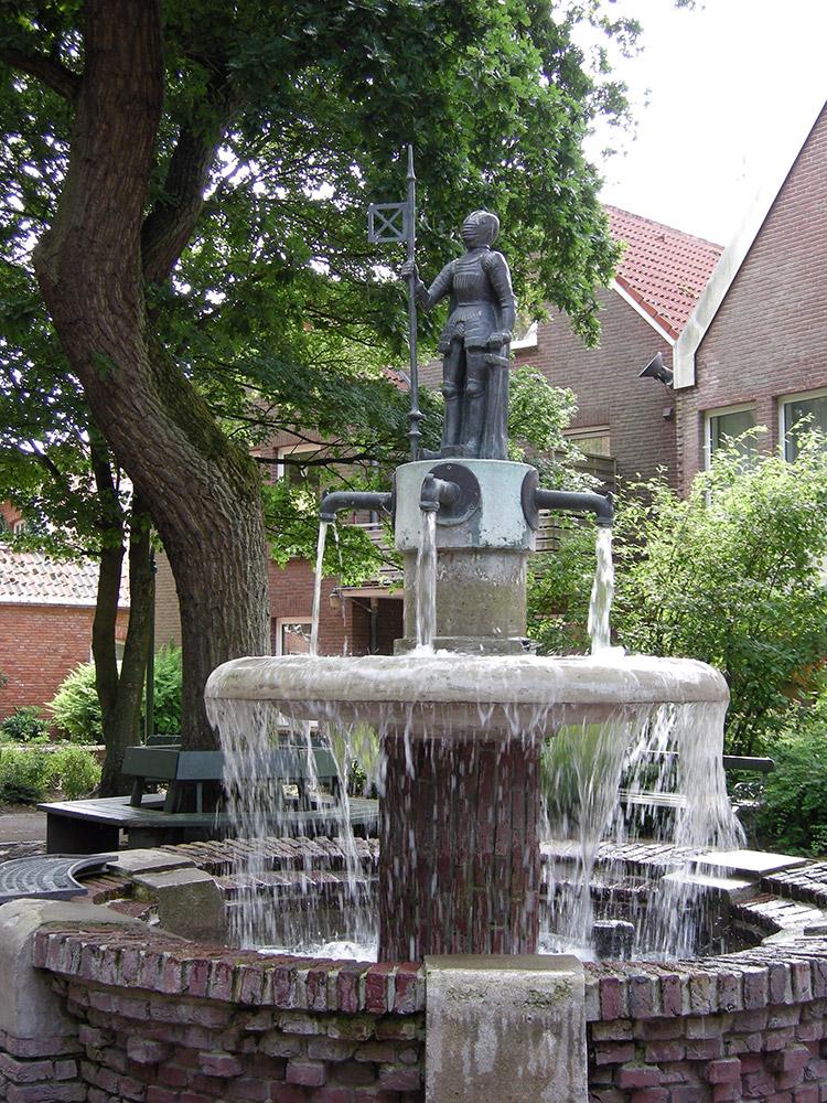 Junker Balthasar Brunnen Museen Sehenswertes In Esens Bensersiel